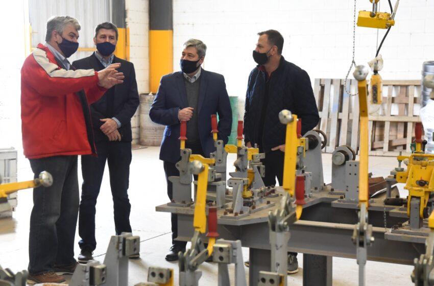 Las Rosas ya fabrica ventiladores mecánicos para pacientes con Covid19